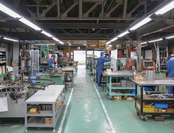 紡織機器バネ工業株式会社の様子